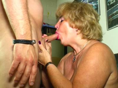 Brunette mature moms fucked