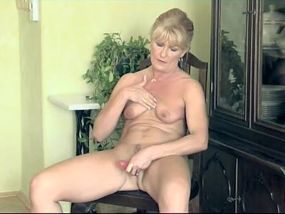 Xhamster Oma blowjobs