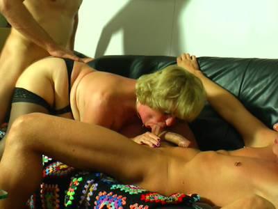 Porno Omis